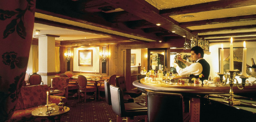 Switzerland_Zermatt_Hotel_Butteryfly_bar.jpg